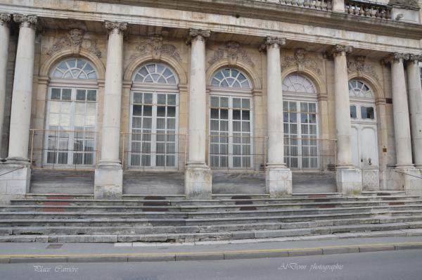 Série photographie :Nancy , place Carriére.